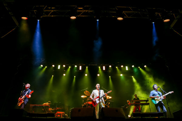 bROTHERS iN bAND :: The Very Best of dIRE sTRAITS Show